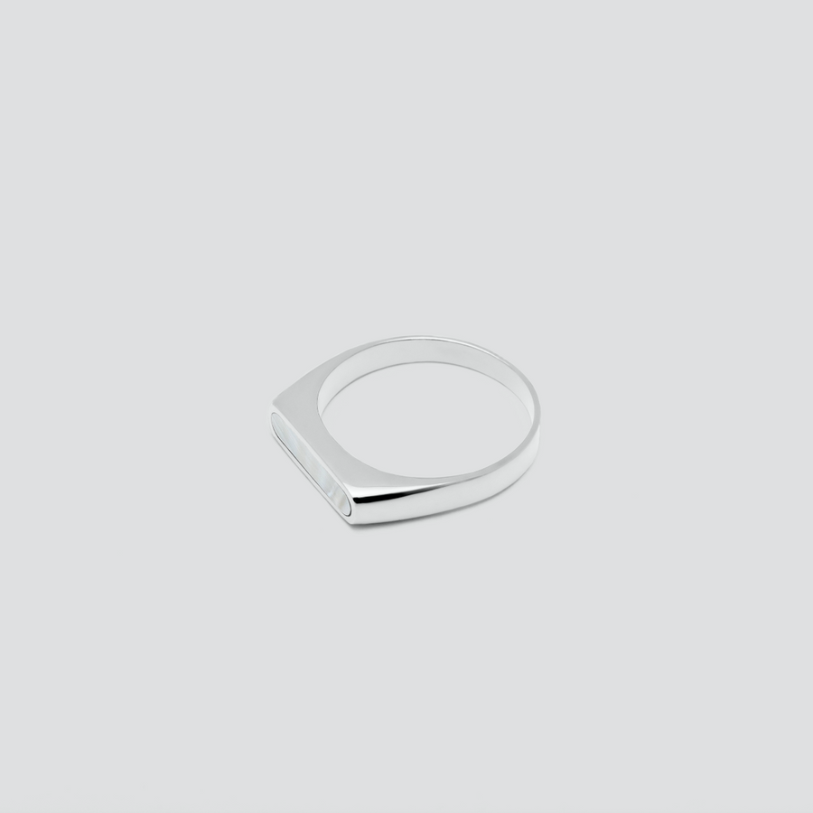 Minimal Band in Silver with Mother Pearl
