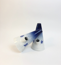 Load image into Gallery viewer, Delft Blue bubbler