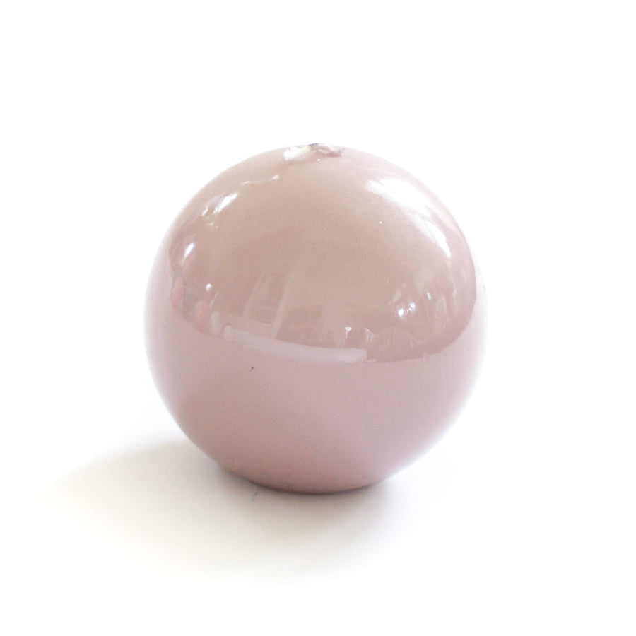 Lacquer Sphere Candle, Turtledove