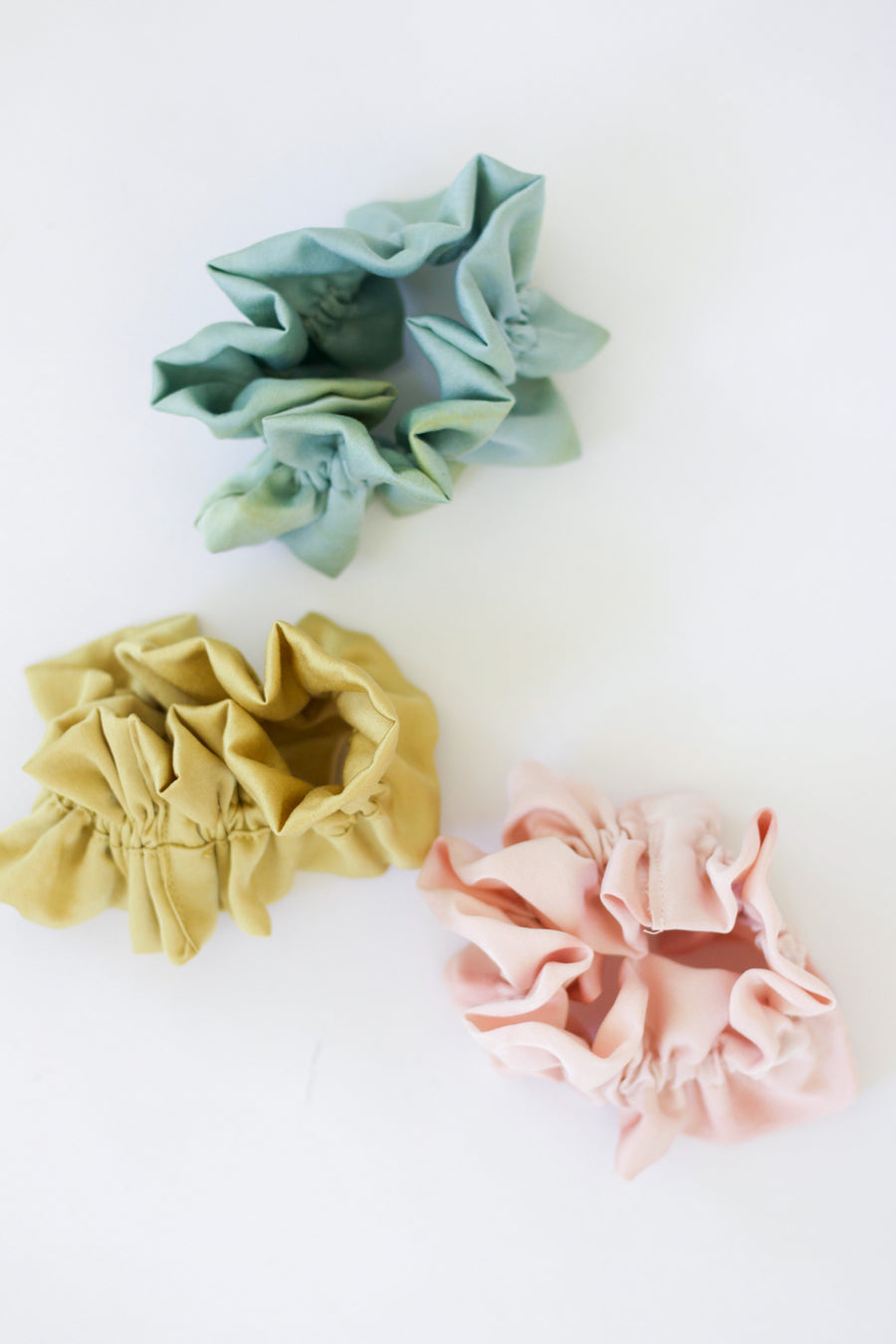 Naturally Dyed Ruffle Scrunchie Pink Tie Dye