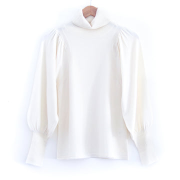 Dewi Turtleneck, Cream