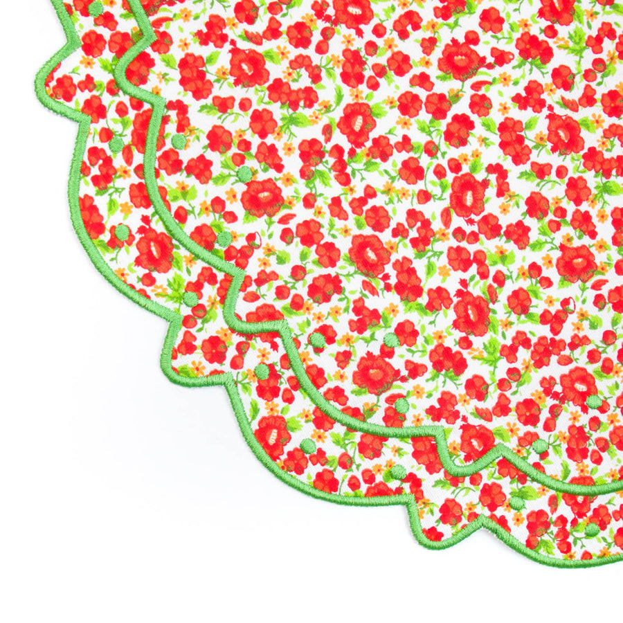 Scalloped Floral Placemat, Red x Green Poppy