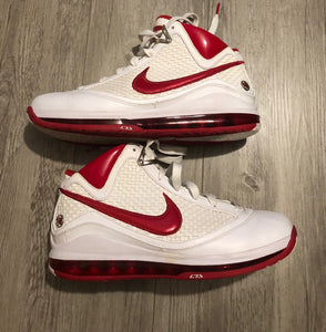 Nike Lebron James 7 White/Varsity Red, Size 10