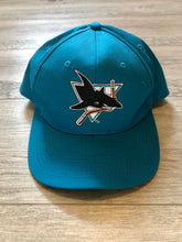 Load image into Gallery viewer, San Jose Sharks Starter Snapback Hat