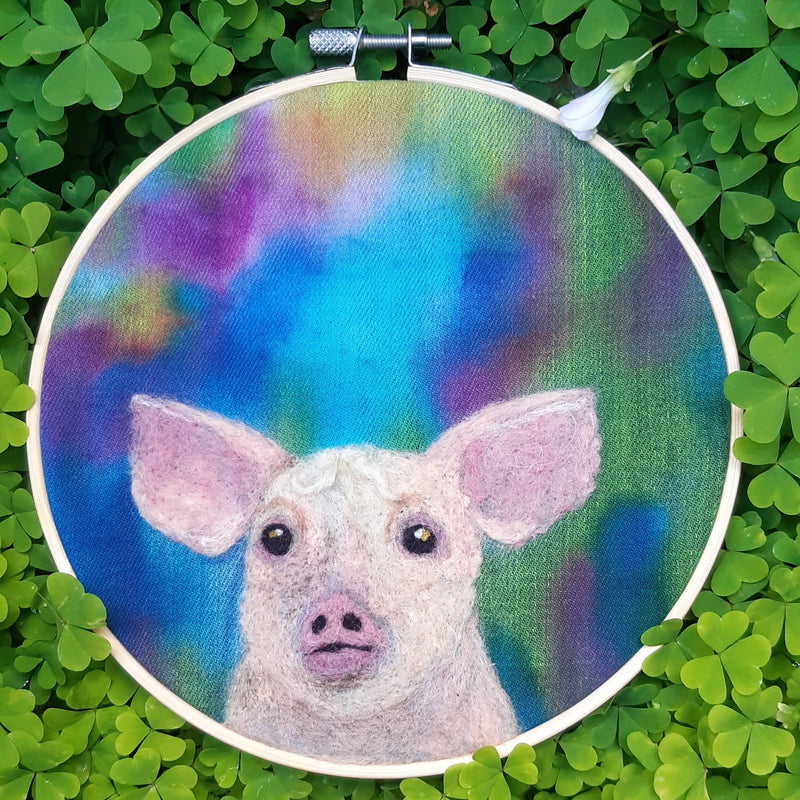 Little Piggy - Embroidery Hoop Art