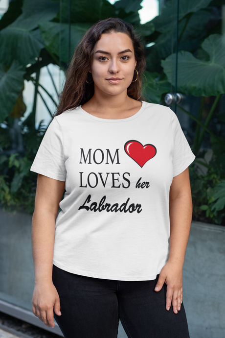 Mom Loves Her Labrador - Ladies' Favorite Tee