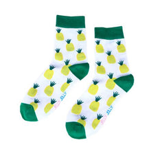 Load image into Gallery viewer, Fruity Pineapple Design Socks