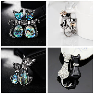 Lover or Sister Double Cat Brooch for Party Gift Shell Metal Crown Rhinestones Enamel Pin Black Animal Brooch for Women Jewelry