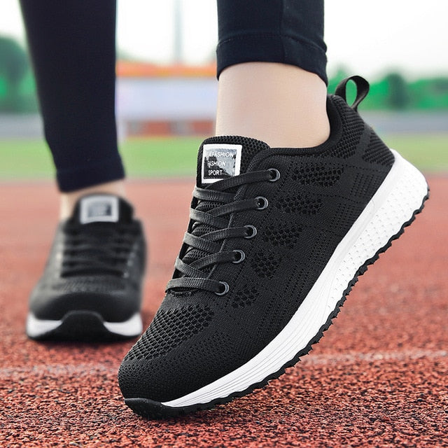 Factory Direct Women Casual Shoes Fashion Breathable Walking Mesh Flat Shoes Sneakers Women 2019 Gym Vulcanized Tenis Feminino