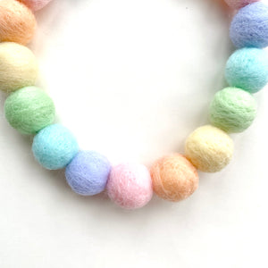 PASTEL RAINBOW POMPOM NECKLACE