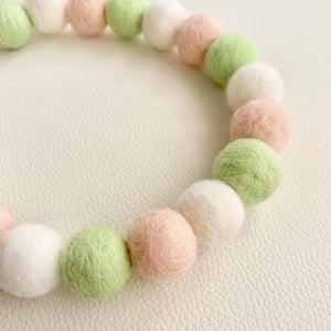 COTTON CANDY POMPOM NECKLACE - DANGO MOCHI