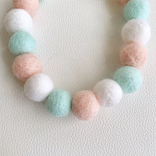 COTTON CANDY POMPOM NECKLACE - BABY SHOWER