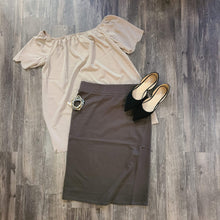 Load image into Gallery viewer, Basic Knee Skirt Dark Olive