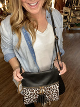 Load image into Gallery viewer, Leopard Crossbody