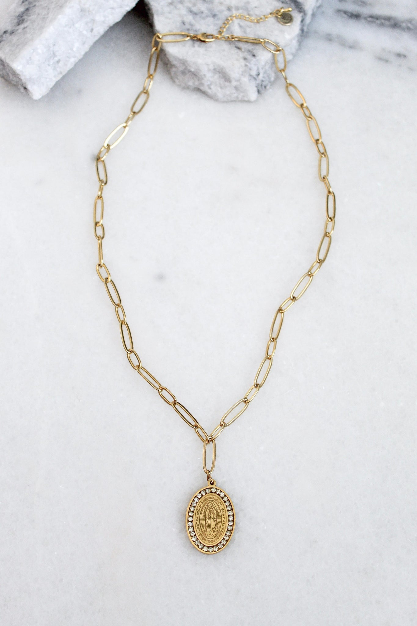 Pierre Gold Necklace