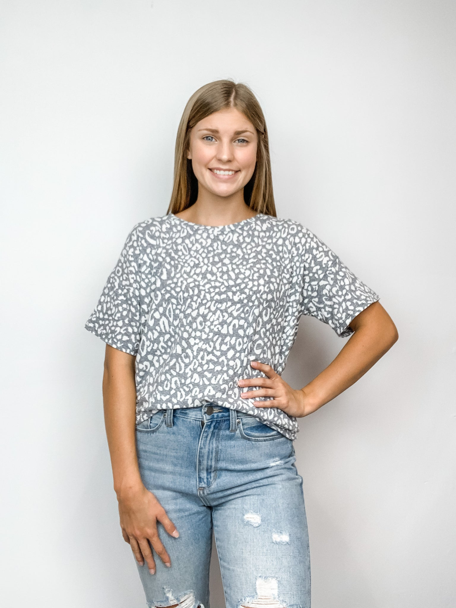 Lani Leopard Top (Grey)