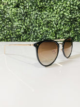 Load image into Gallery viewer, Santorini Sunglasses Black