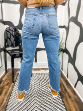 Load image into Gallery viewer, Bailey Vintage Jeans
