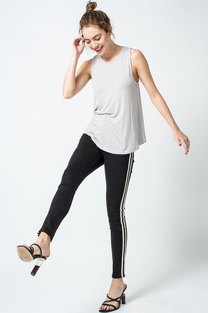 Sleeveless Crew Neck Tank