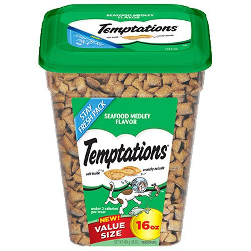 TEMPTATIONS Classic Treats for Cats Seafood Medley Flavor, 16 oz. Tub