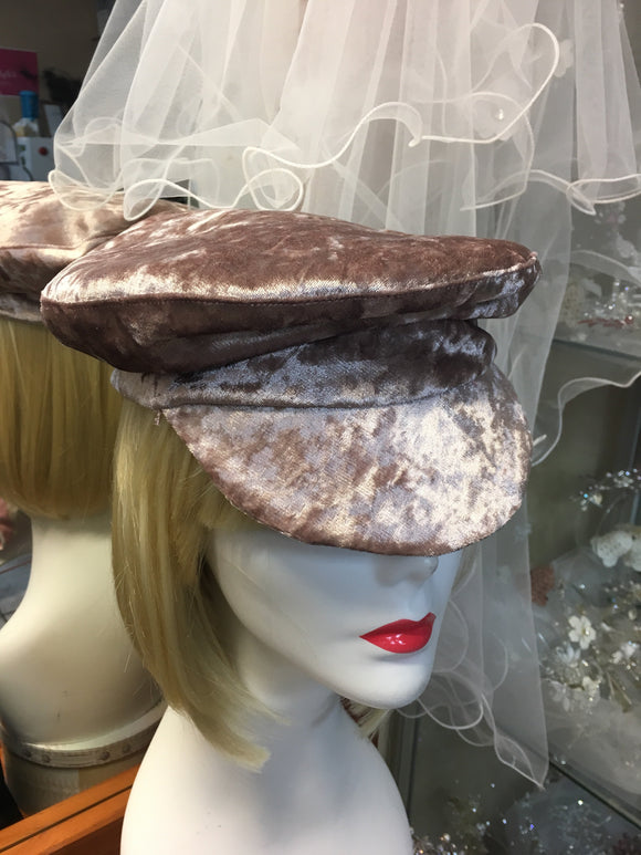 Caps - Au - B Unique Millinery