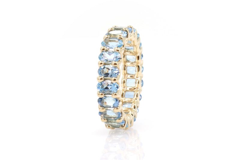 18kt Yellow Gold & Aqua Sapphires Eternity Ring