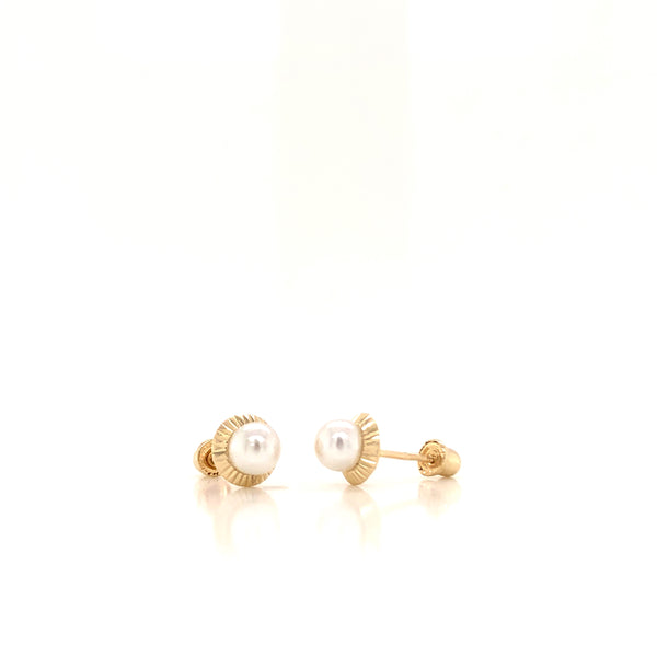 18kt Yellow Gold with Pearl Classic