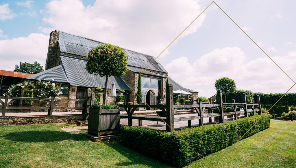 Cotswold wedding cripps barn