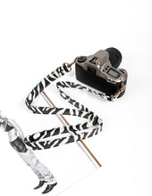 Load image into Gallery viewer, Valentina B&W Camera Strap