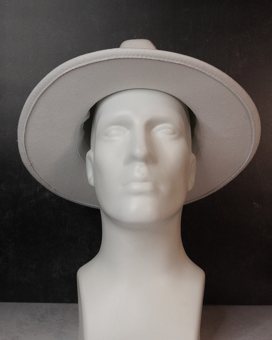 Wide Brim Fedora - Pure Blanco - truthBlack