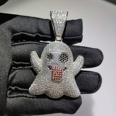 Custom made Spook Emoji ketting - ICED OUT