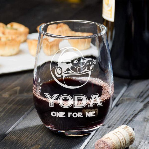 baby-yoda-one-for-me-wine-glass