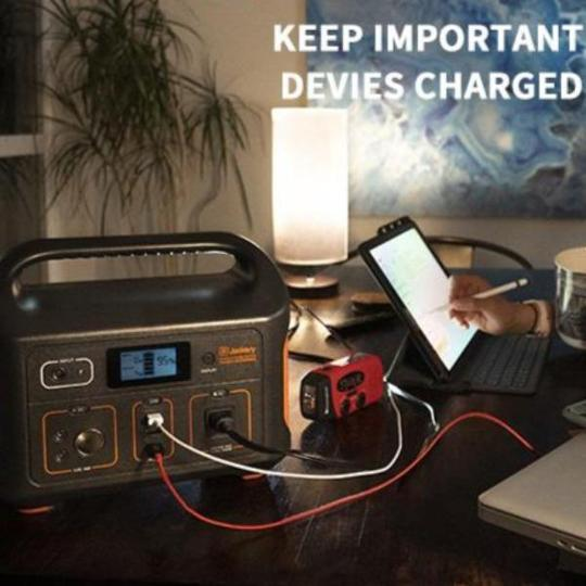 Outdoor-Mobile-Battery-Pack-Portable-Power-Station