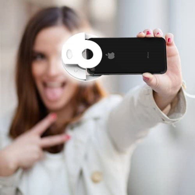 gifts-for-her-products-clip-on-selfie-ring-light