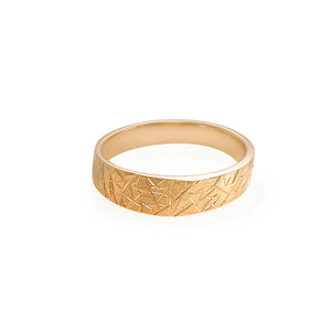 5mm Hand Carved Men's Wedding Ring in 18K Yellow Gold - HN JEWELRY