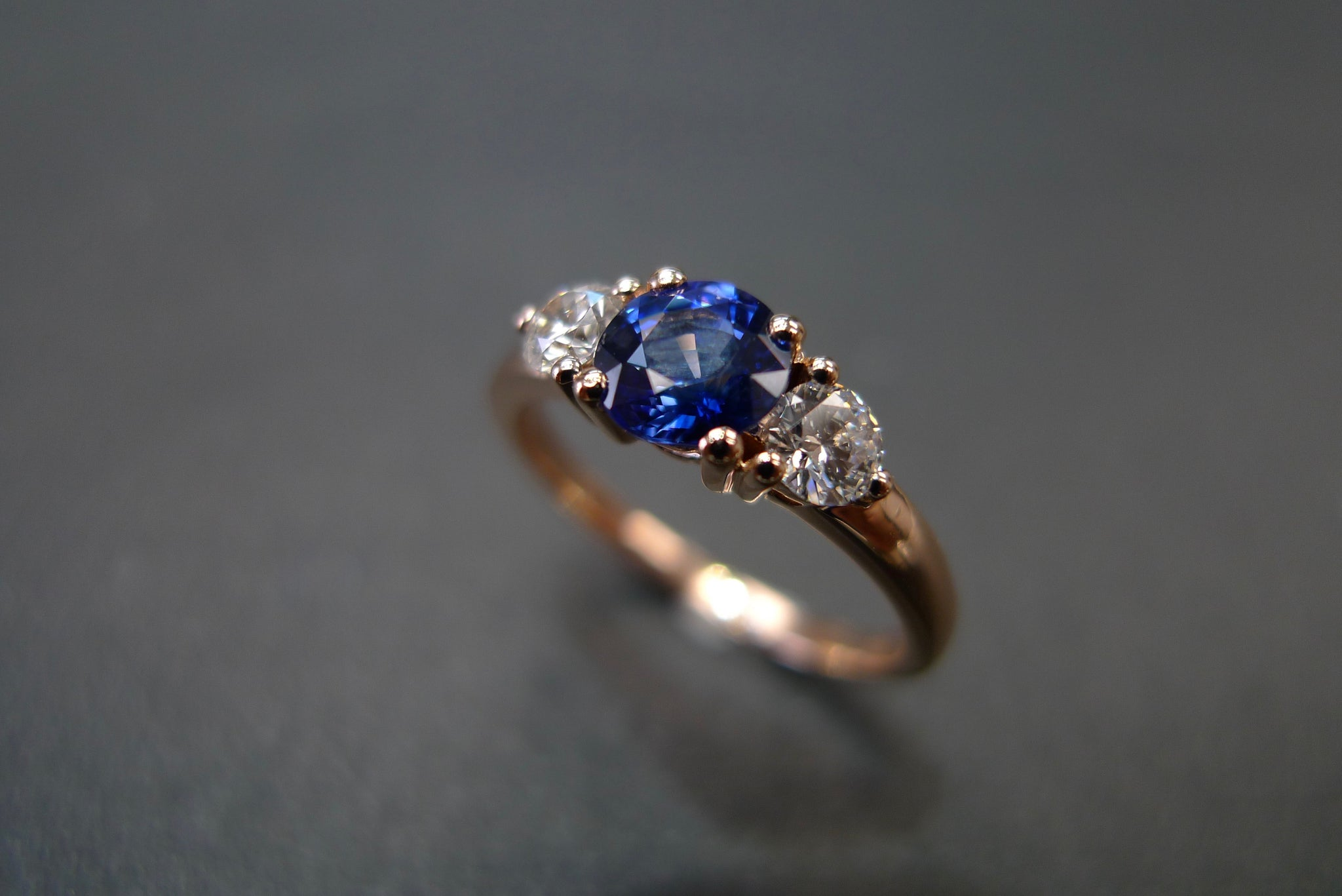 Blue Sapphire & Diamond Ring in 18K Rose Gold - HN JEWELRY