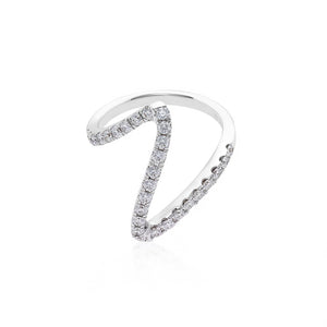 V Shape Diamond Ring in White Gold - HN JEWELRY