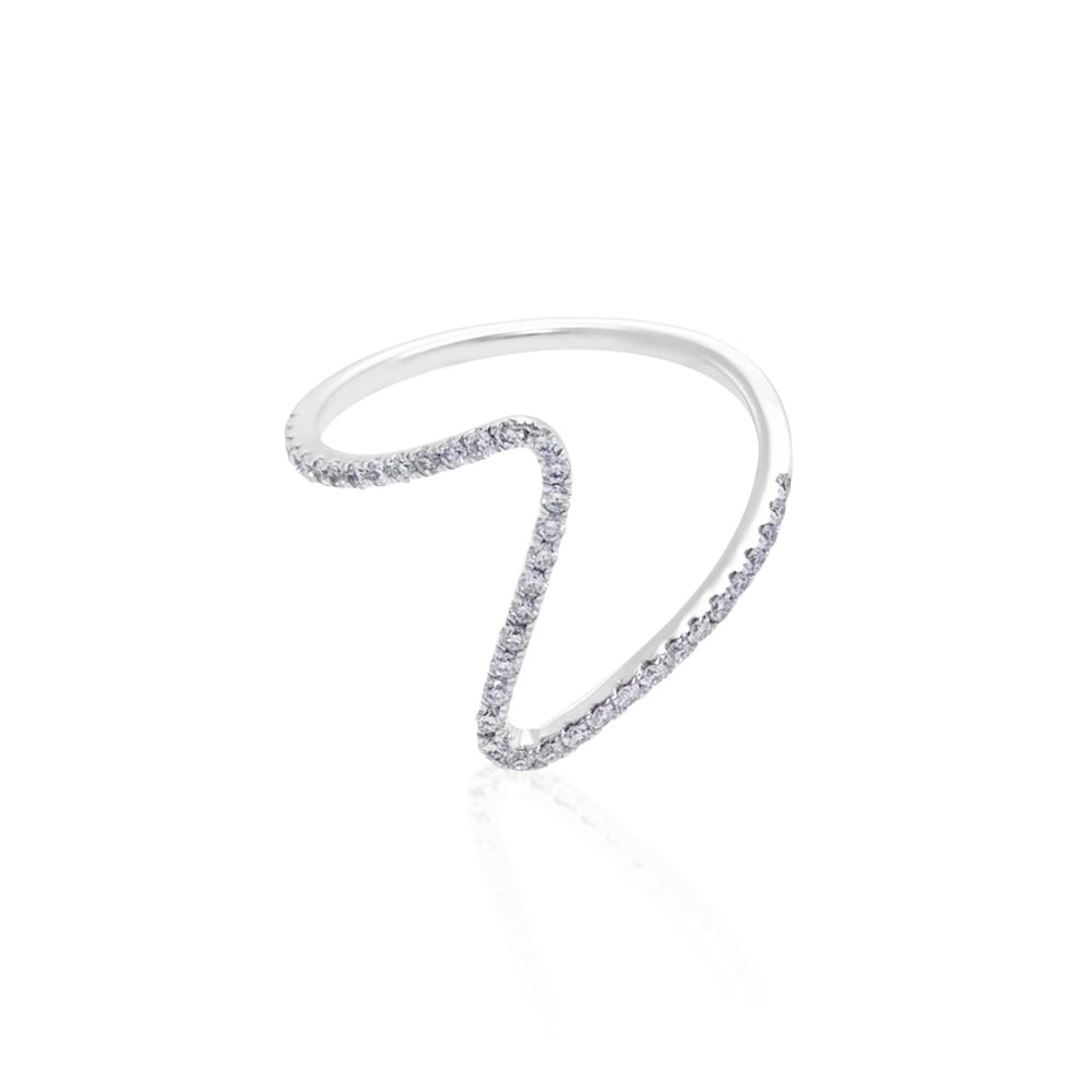 V Shaped Diamond Ring in White Gold (Mini Version)