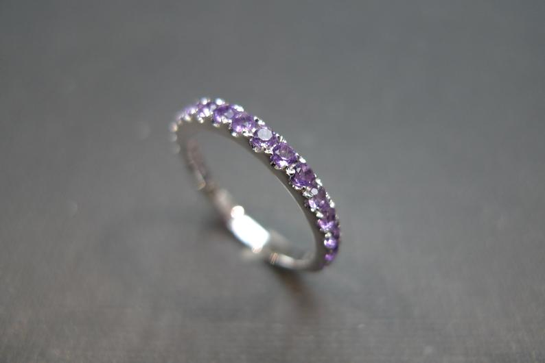 purple_amethyst_wedding_ring_white_gold