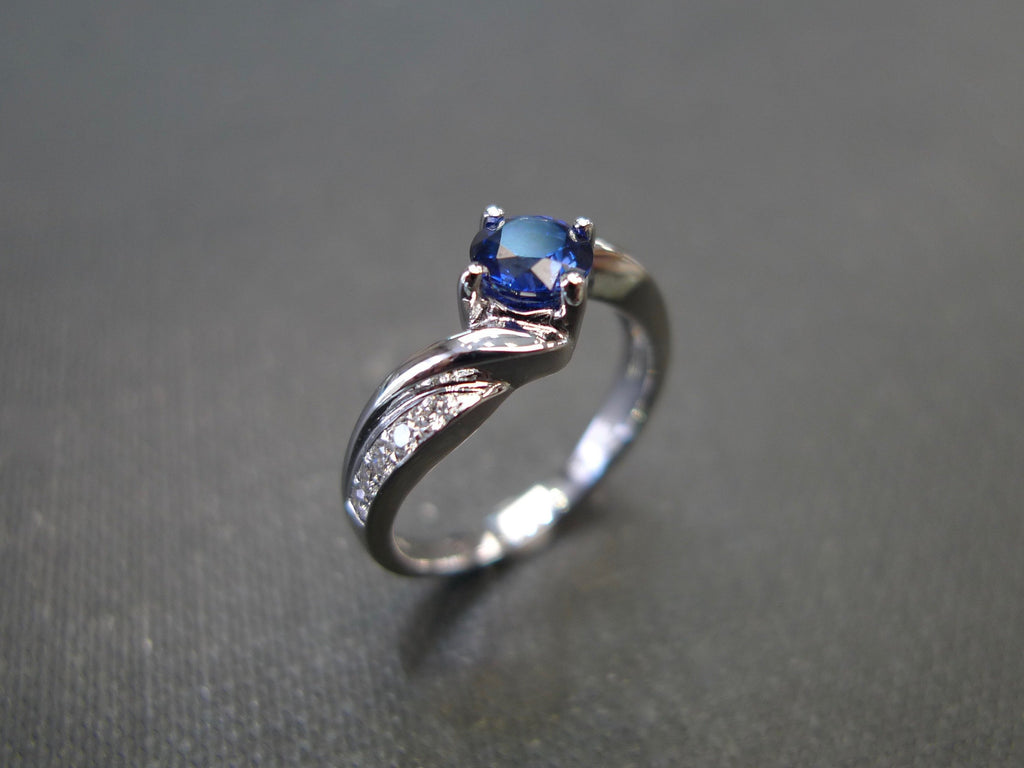 Blue Sapphire & Diamond Tension Ring