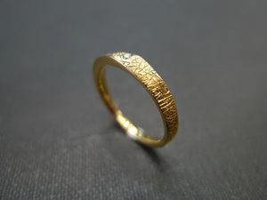 Hand Carved Diamond Wedding Ring in 18K Yellow Gold - HN JEWELRY