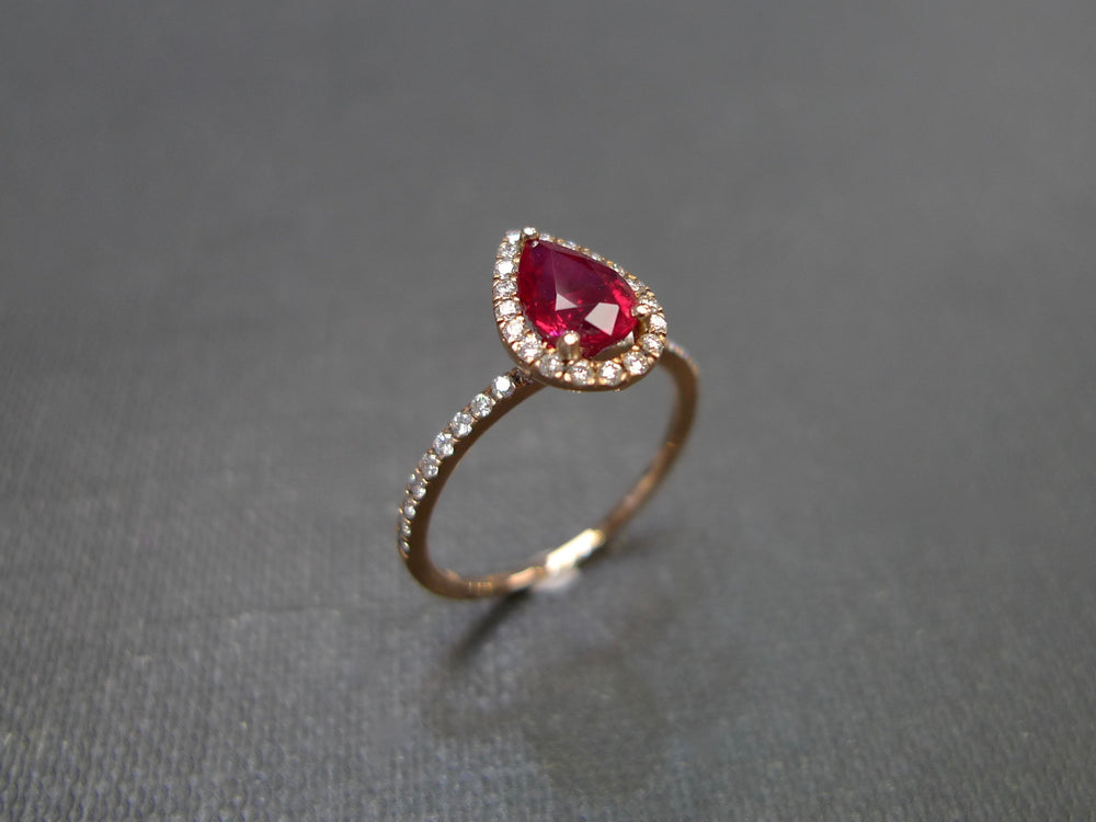 pear_shape_ruby_diamond_engagement_ring_rose_gold