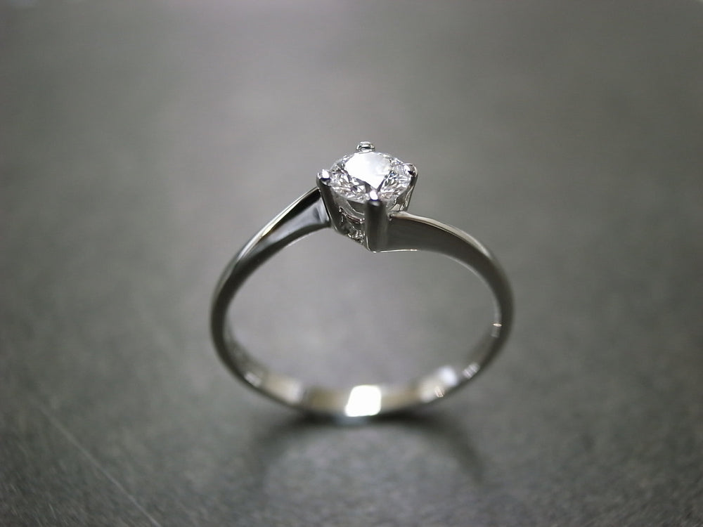 0.25ct F/VS2 Ideal Cut Solitaire Diamond Engagement Ring