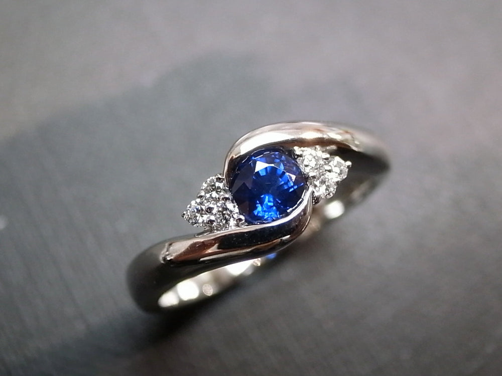 Blue Sapphire & Diamond Twist Ring