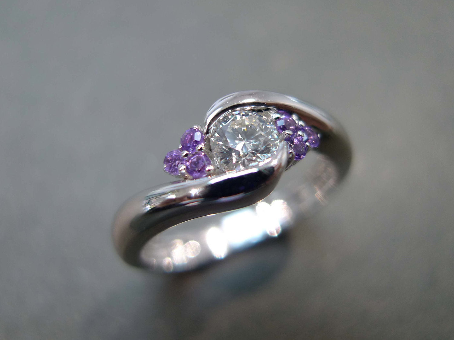 Diamond and Amethyst Ring in Platinum - HN JEWELRY