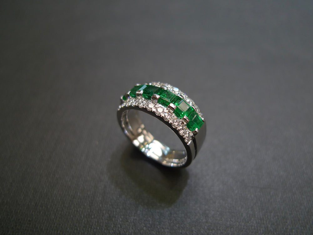 three row green emerald diamond wedding ring