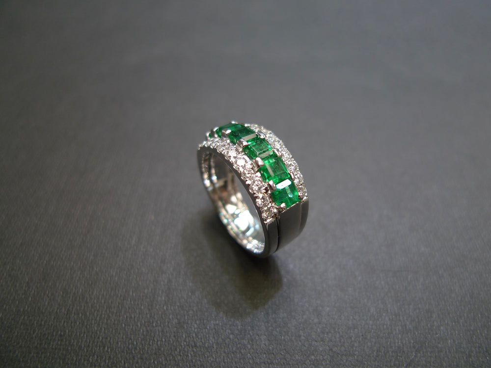 white gold emerald diamond three rows wedding ring