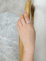 Wave_Diamond_Wedding_Ring_White_Gold_model_hand