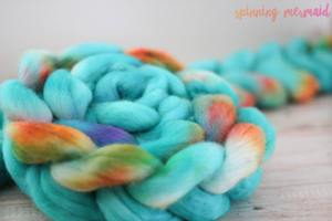 """Mermaid's Smile"" Roving - Fine Merino"