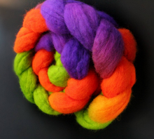 "Load image into Gallery viewer, ""This is Halloween"" Roving - Fine Merino"
